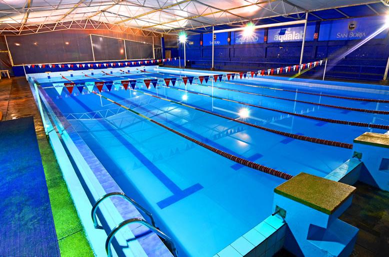 Fotos de una piscina previous next with fotos de una for Como armar una piscina redonda
